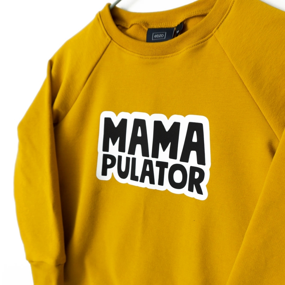 Sweater Mamapulator close