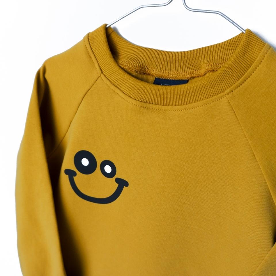 Joep sweater close