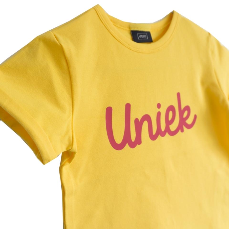 T-shirt Uniek geel close