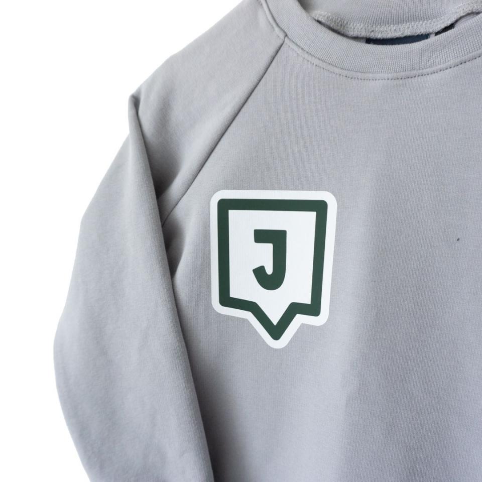 Sweater met Letter close
