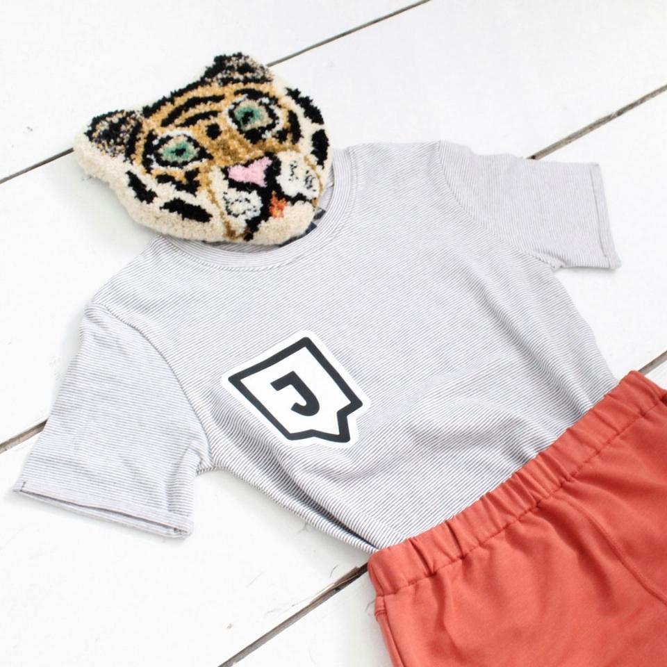 Shirt met Letter sfeer 3