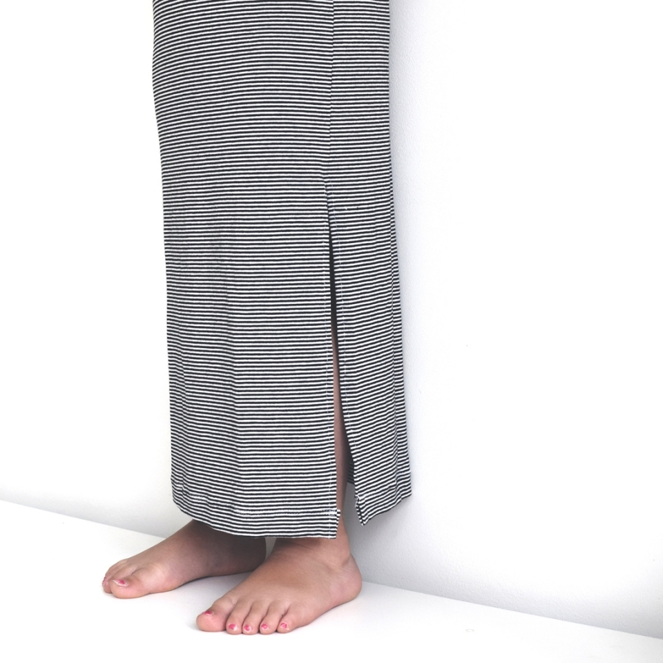 Maxi jurkje mini streepjes zijkant